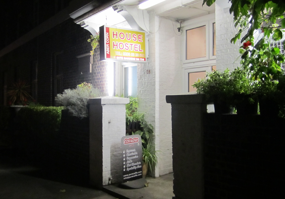 isabella-blume-abercorne-house-hostel-travelblogger-london-hammersmith-review