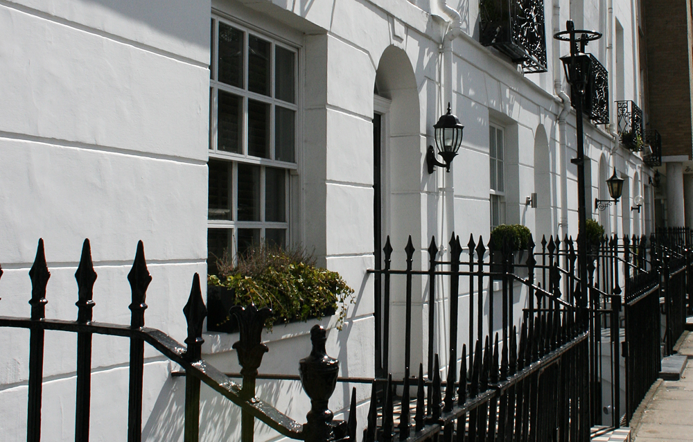 isabella-blume-travelblogger-london-white-houses