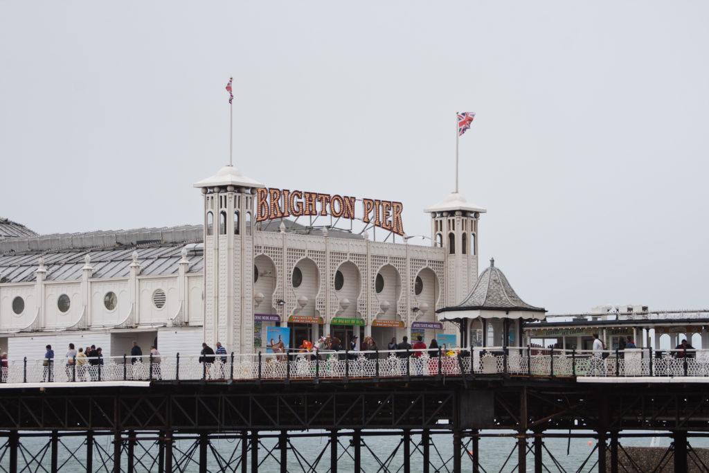 isabella-blume-brighton-pier-uk-travelblogger-sea-ocean-coast