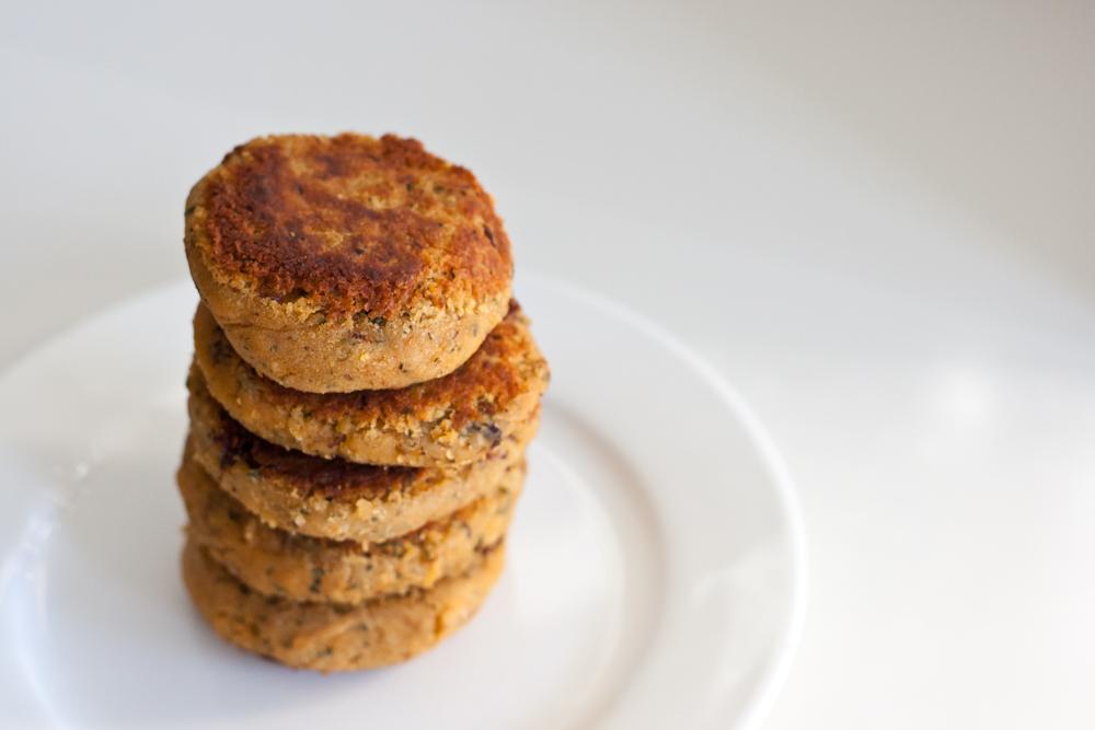 isabella-blume-foodblogger-hafer-linsenburger-vegan-haferflocken-lentil
