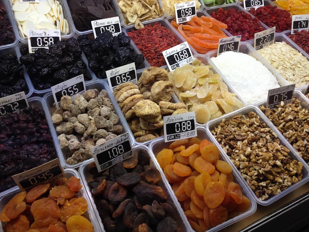 isabella-blume-riga-travelblogger-markthallen-vegan-foodblogger