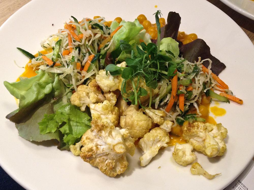 isabella-blume-riga-travelblogger-raw-garden-cauliflower-vegan-foodblogger