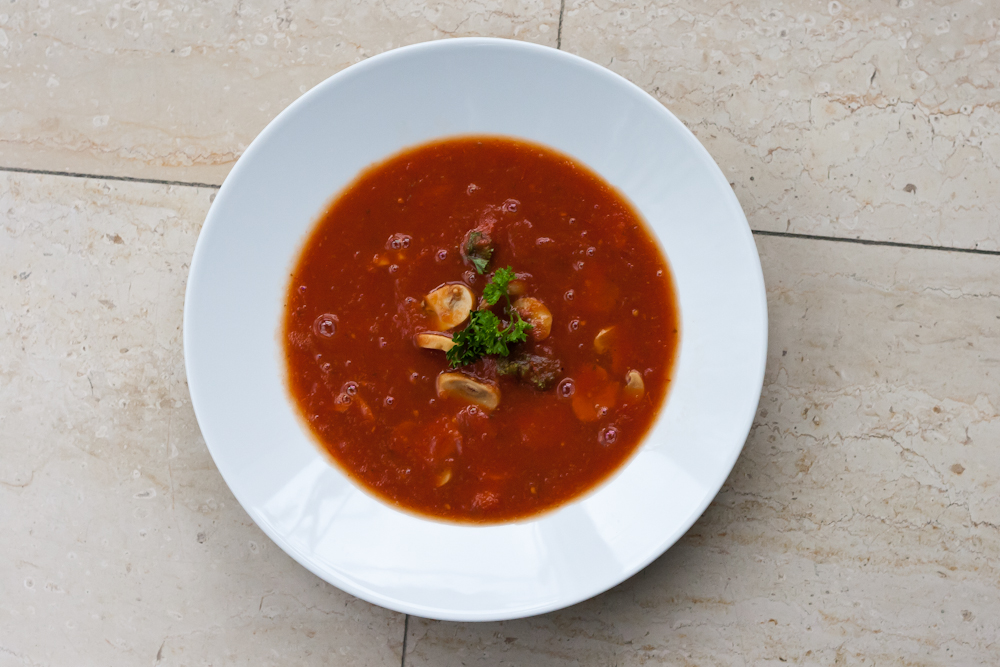 isabella-blume-foodblogger-soup-tomatensuppe-tomatoesoup-vegan